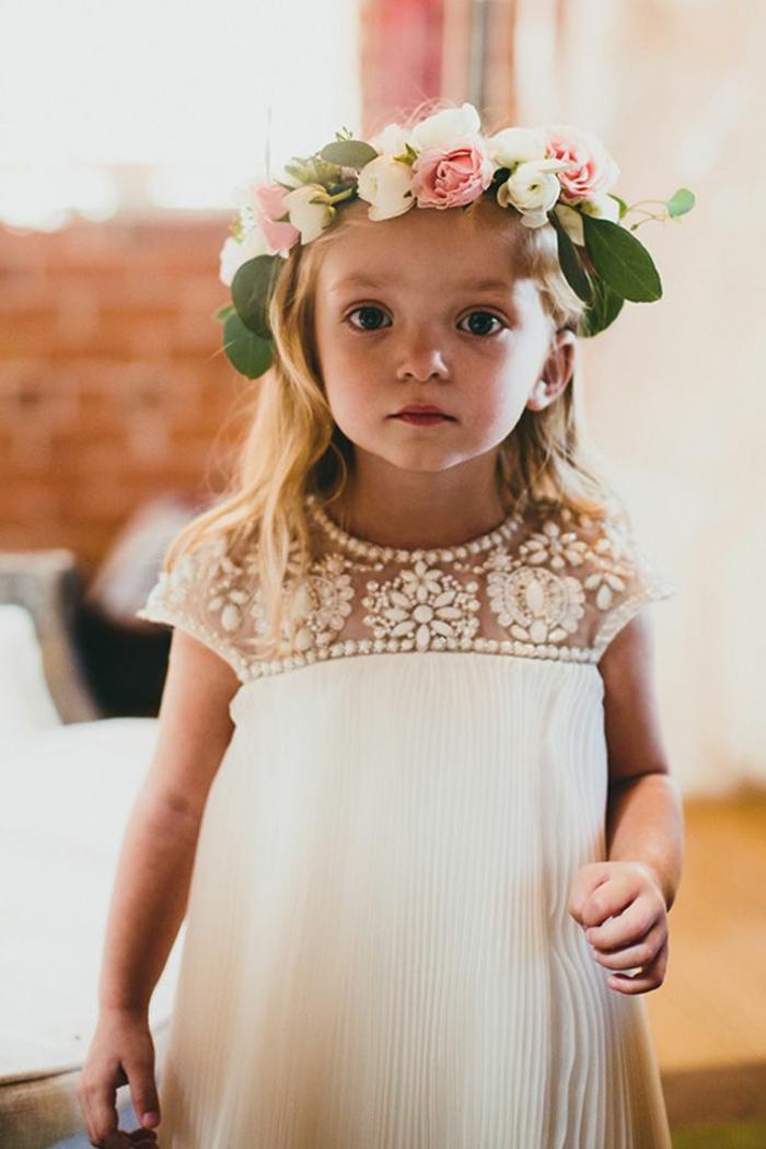demoiselle-d-honneutr-la-robe-couronne-de-fleurs-fille