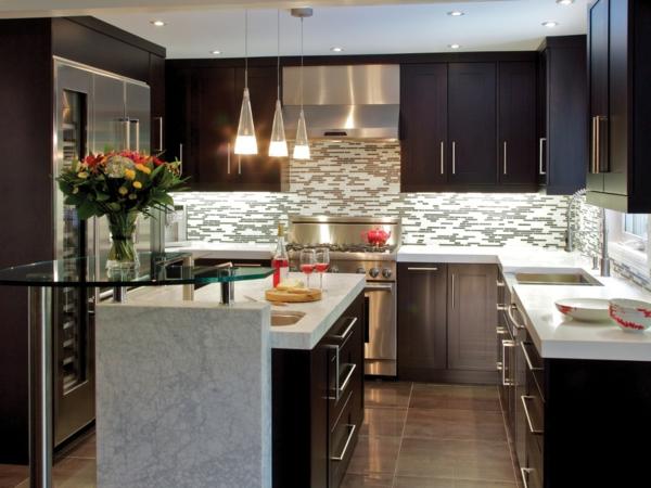 design-cuisines-contemporaines-retro-bois-marbre