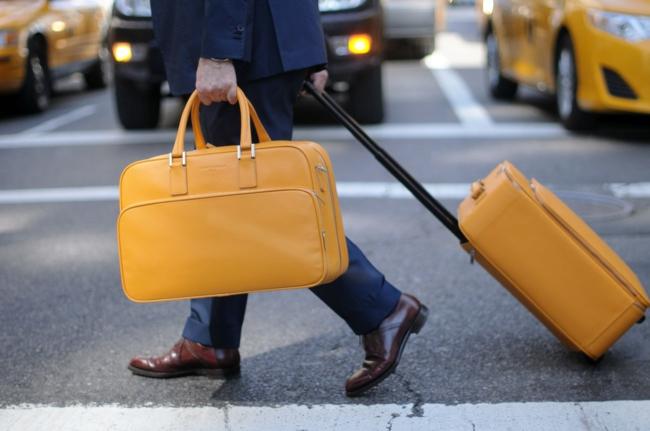dimension-valise-cabine-new-york-le-jaune-stylé