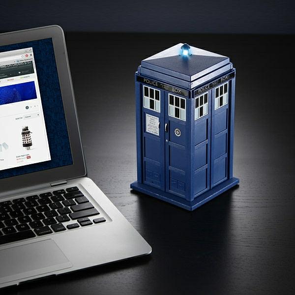 doctor-who-bt-speakers-bluetooth-geek-cadeau
