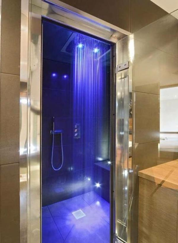 la douche pluie designs fantastiques de douches contemporaines. Black Bedroom Furniture Sets. Home Design Ideas