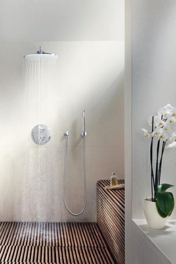 douche-pluie-salle-de-bain-spa-blanche