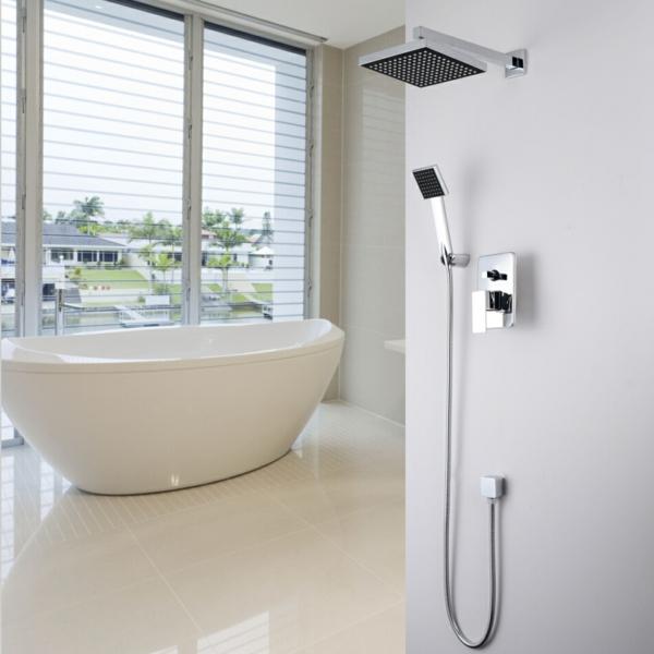 douche-pluie-salle-de-bains-blanche