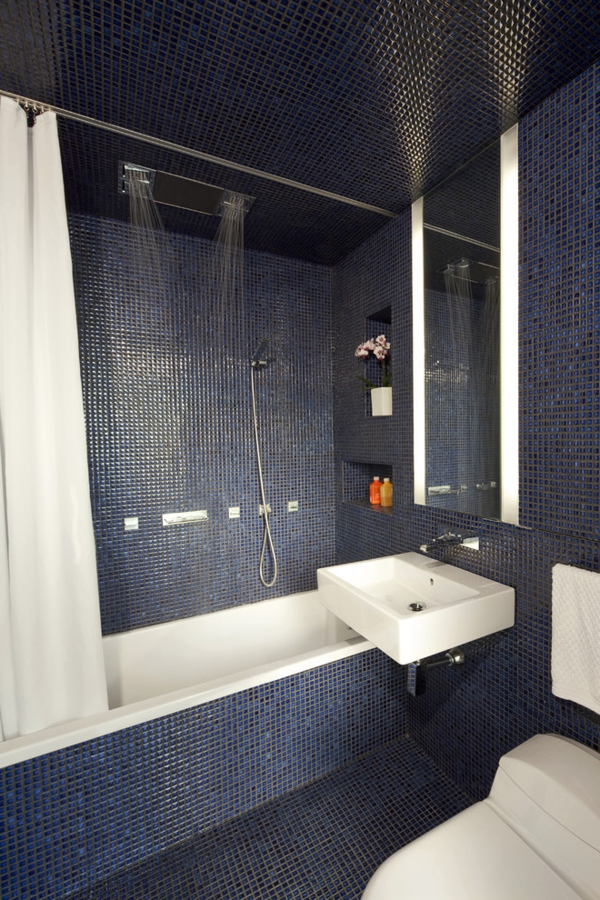 douche-pluie-salle-de-bains-mosaique