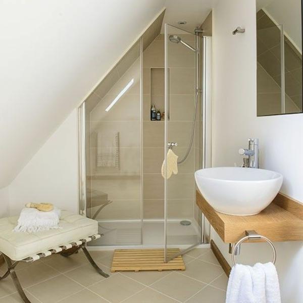 Une salle de bain sous pente ou sous combles en 52 photos - Une salle de bain com ...