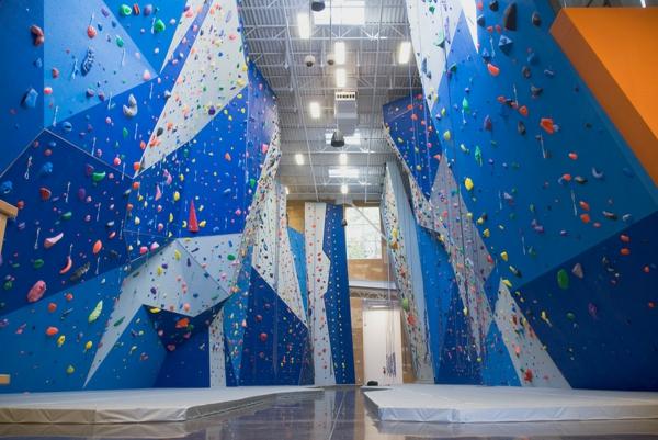 escalade-en-salle-salle-bleue-d'escalade