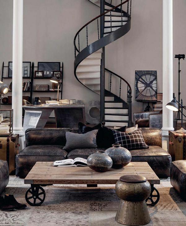 escalier-industriel-table-en-bois-basse-canapé-en-cuir-marron-foncé