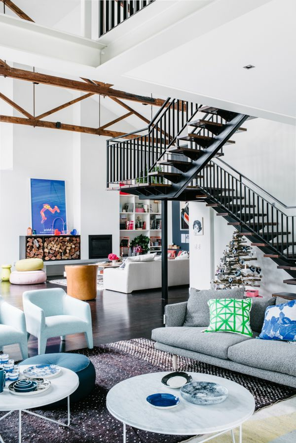 escalier-pour-mezzanine-appartement-artistique