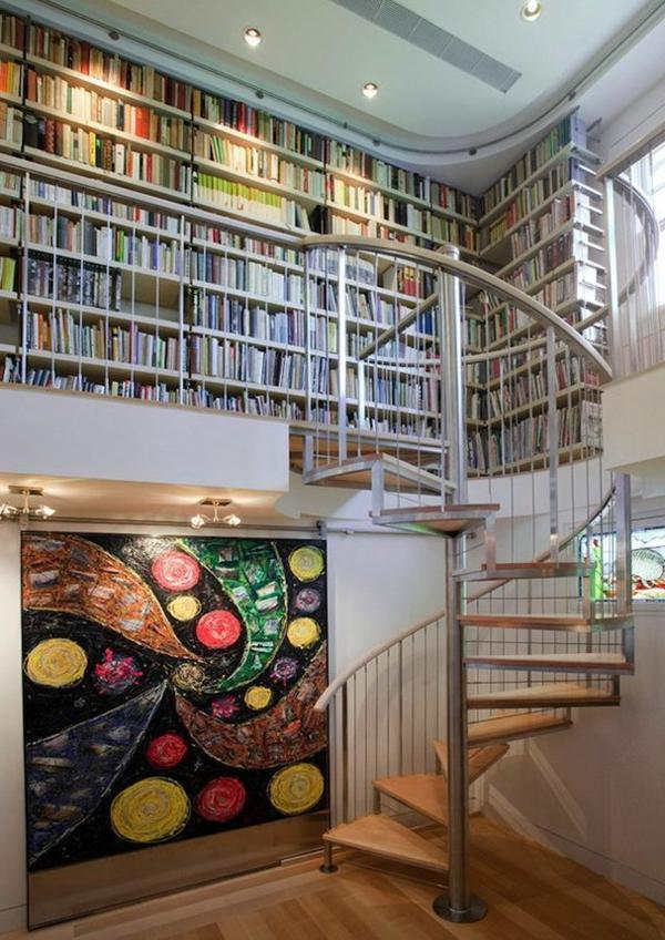 escalier-pour-mezzanine-design-tournant-menant-à-une-bibliothèque