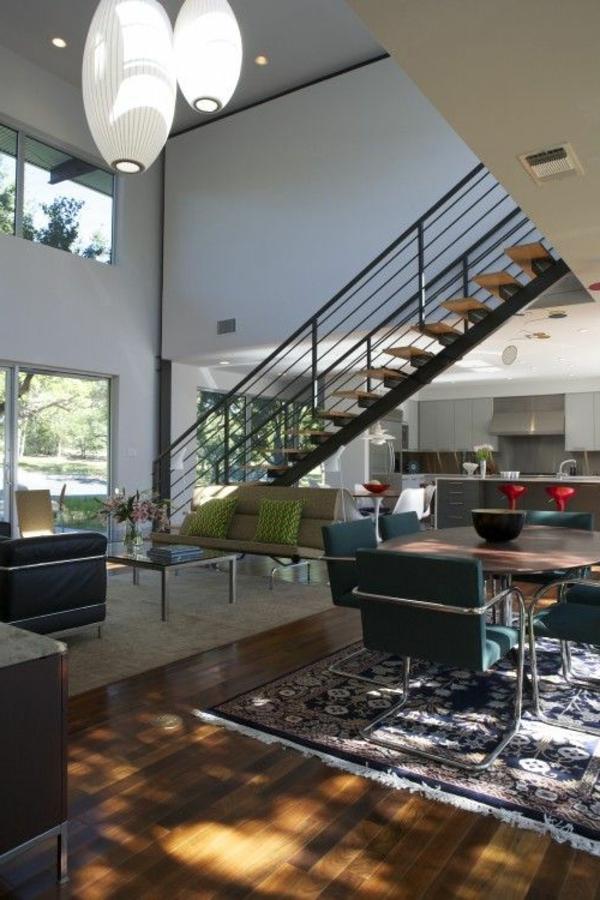 escalier-pour-mezzanine-deux-grandes-lampes-pendantes