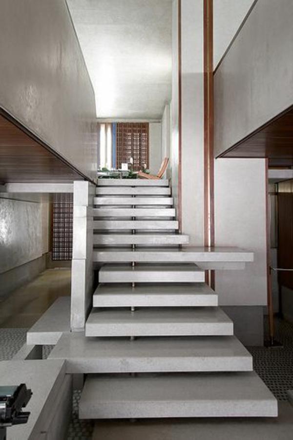 escalier-pour-mezzanine-en-béton