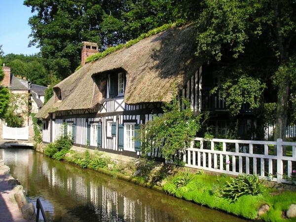 fleuve-Veules-les-Roses-ville-vert-et-calme