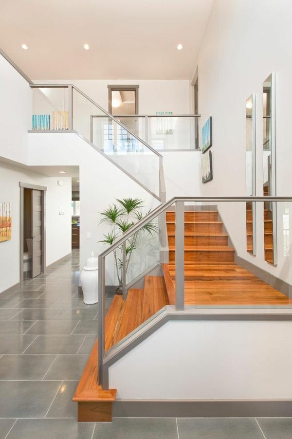 gardecorps en verre, escalier en bois laqué et ambiance blanche ~ Garde Corps Interieur Bois Verre