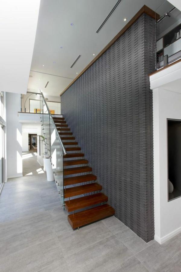 garde-corps-en-verre-designs-d'escaliers-incroyables