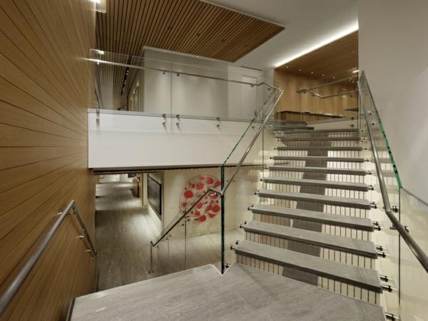 garde-corps-en-verre-designs-innovants-de-maisons