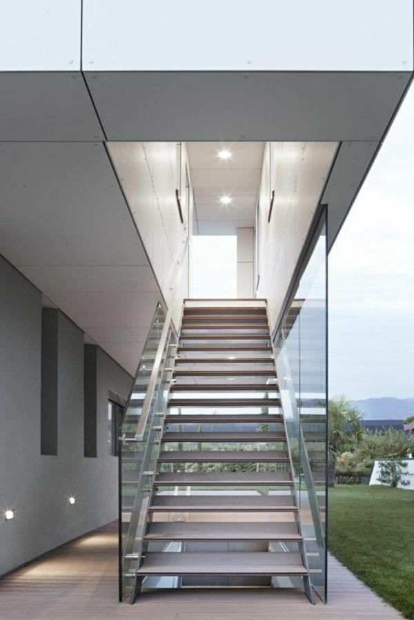 garde-corps-en-verre-escalier-extérieur