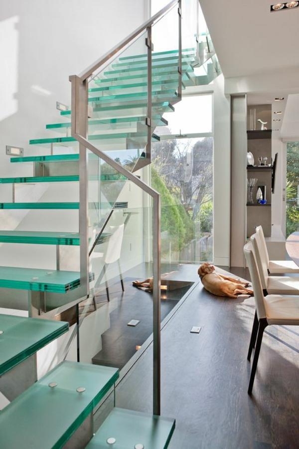 garde-corps-en-verre-et-escalier-en-verre-trempé