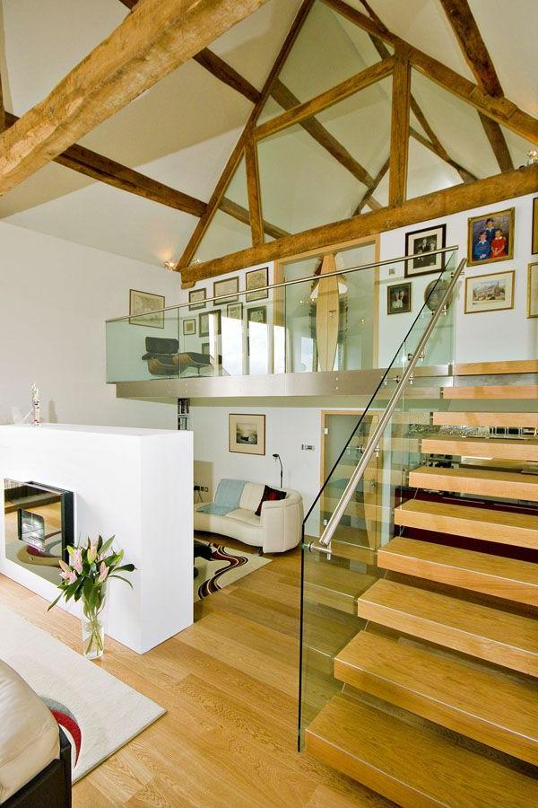 garde-corps-en-verre-loft-moderne-déco-bois
