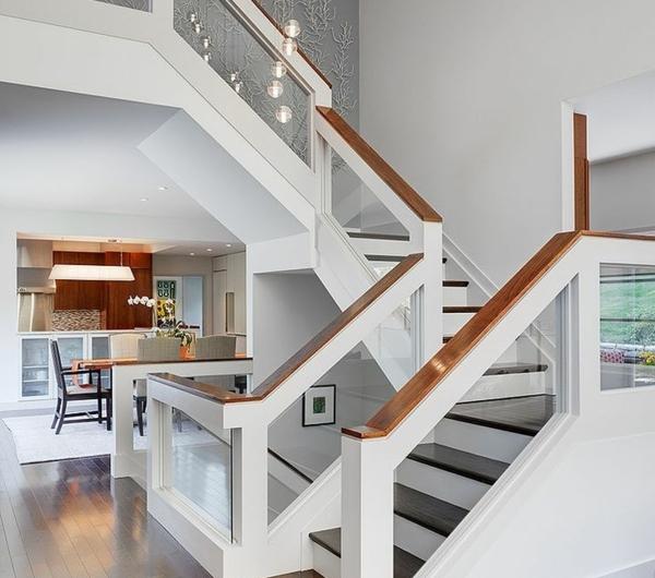 designs d 39 escaliers avec garde corps en verre. Black Bedroom Furniture Sets. Home Design Ideas