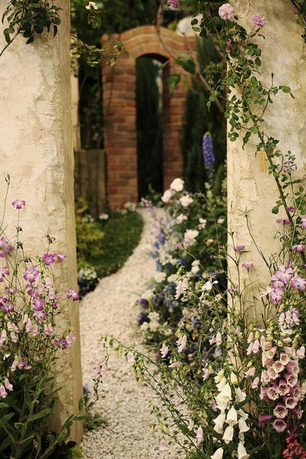 gravier-blanc-allée-jardin-cour-maison