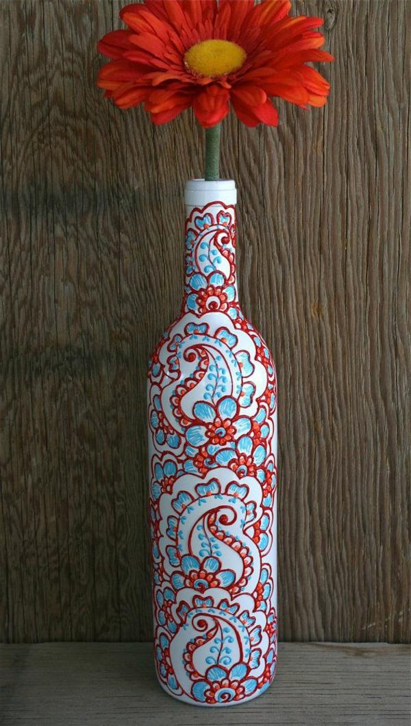 henné-naturel-décoration-tatouage-bouteille-deco-peinture-vase-fleurs