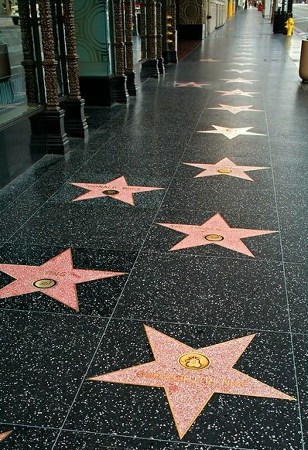hollywood-walk-of-fame-voyager-destinations