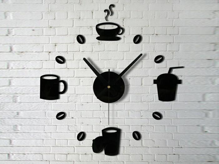 horloge-design-élégant-mur-blanc-de-briques-blancs-pendule