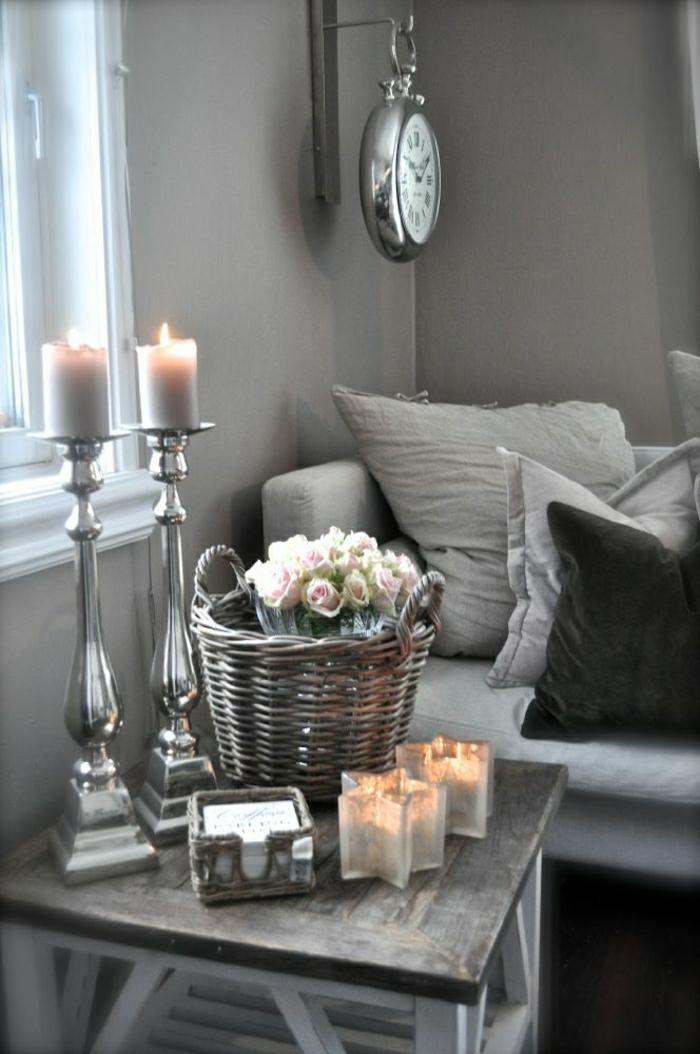 horloge-gris-pendule-murale-design-idée-salon-gris-déco-gris