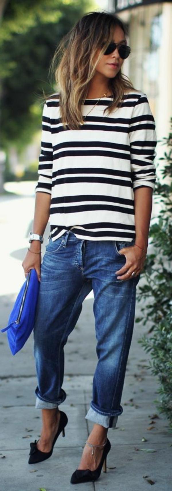 jean-taille-haute-feminine-boyfriend-jeans-chaussures-talon