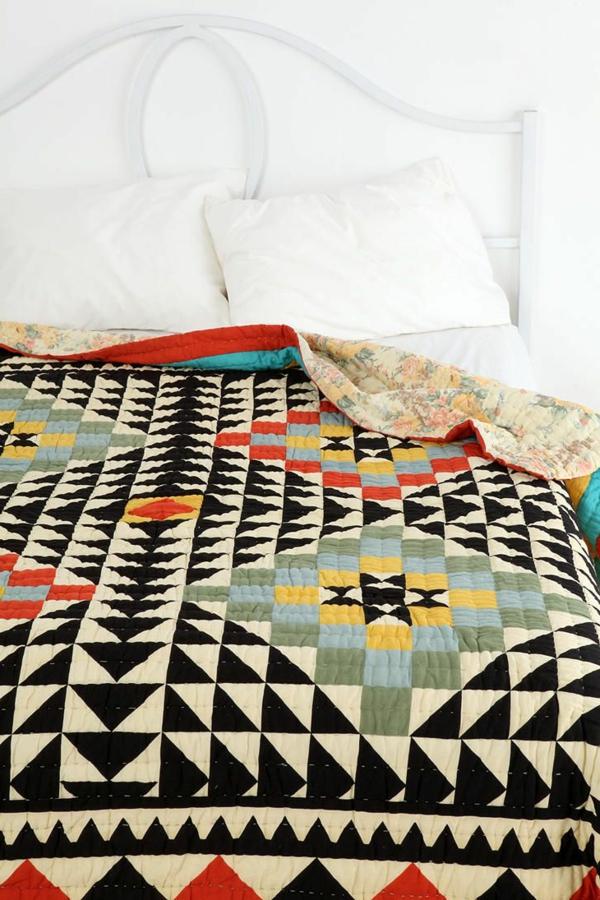 jeté-de-lit-boutis-couverture-nocturne-geometrique