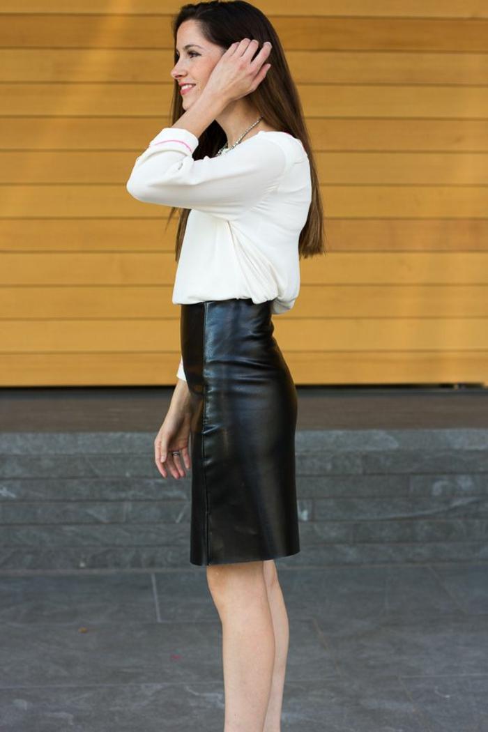 jupe-droite-noir-femme-moderne-jupe-en-cui-noir-chemise-blanche-fille-moderne