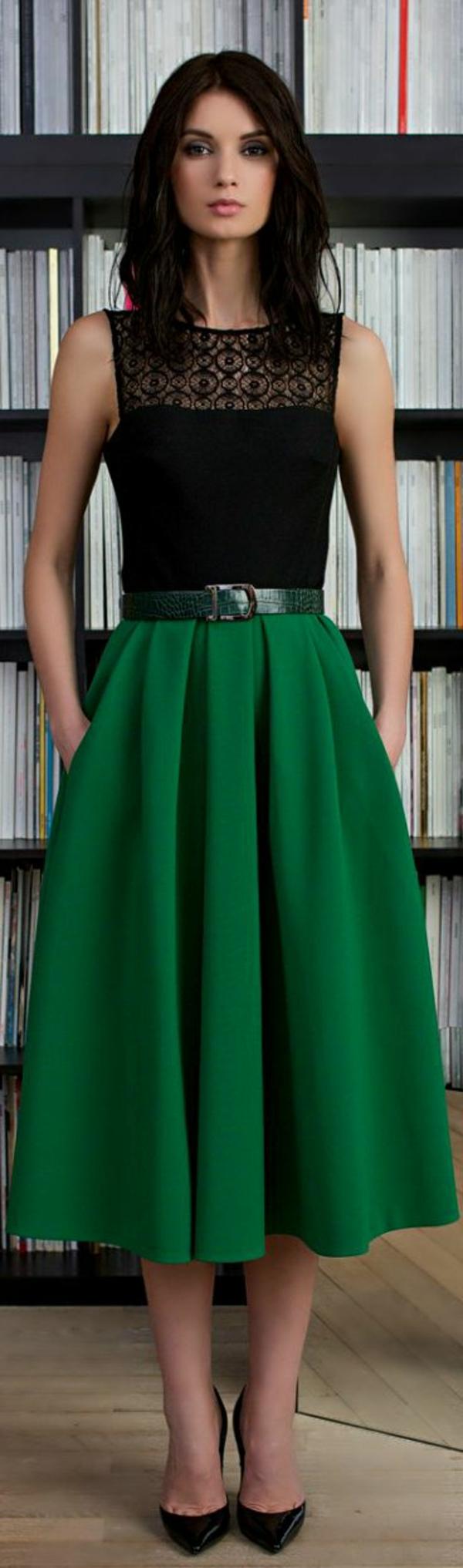 jupe-longue-midi-verte-femme-moderne-bibliothèque-mode