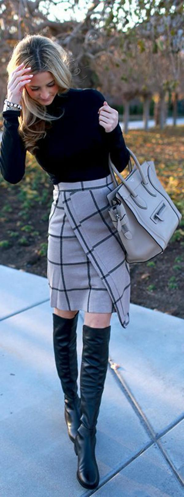 jupe-portefeuille-et-bottes-longues