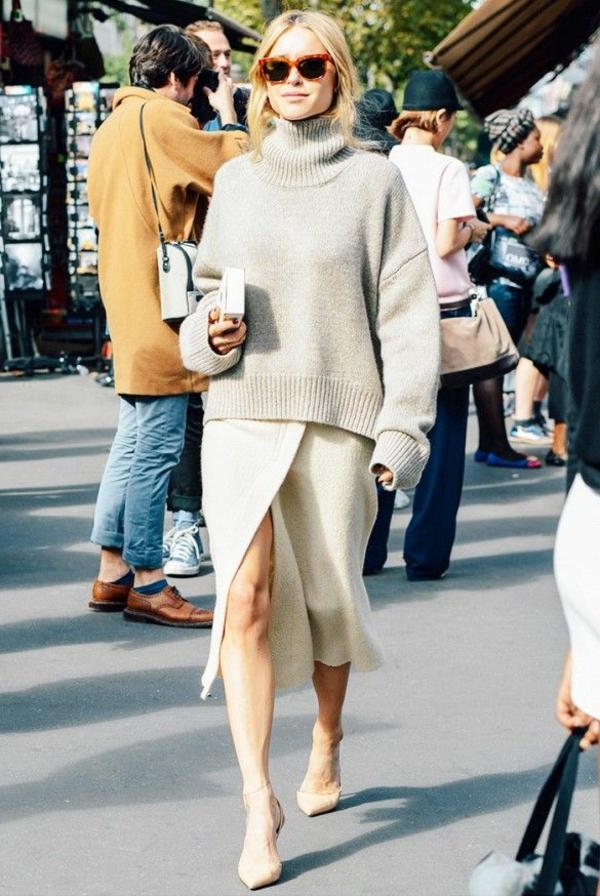 jupe-portefeuille-tenue-simple-et-escarpins-à-bouts-pointus