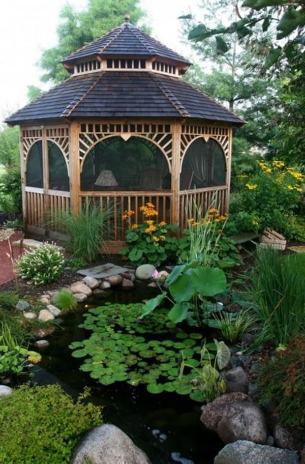 kiosque-de-jardin-lac-déoratif-fleurs-verts-grace