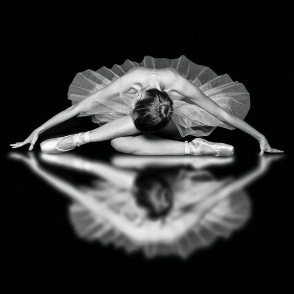 la-danseuse-photographies-noir-et-blanc-ballerina-robe-danser-art