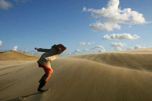 la-dune-du-pilat-glisser-sur-le-sable