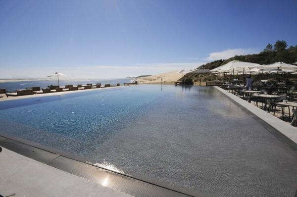 la-dune-du-pilat-la-corniche-grande-piscine