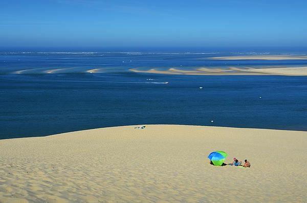 la-dune-du-pilat-mer-bleu-magnifique
