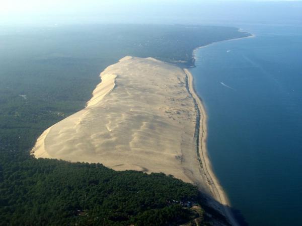 la-dune-du-pilat-une-photo-à-vol-d'oiseau