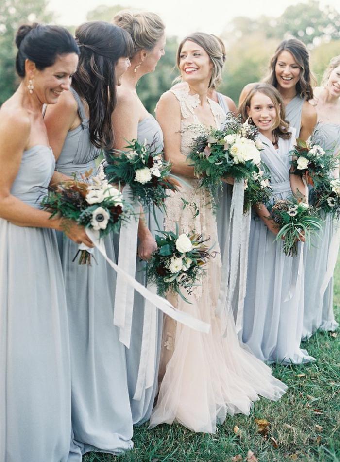 la-mariée-et-ses-amies-bouquets-robes