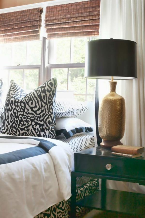 lampe-de-chevet-en-or-noir-table-de-nuit-en-bois