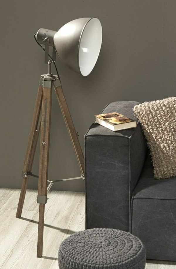 lampe-de-lecture-bois-canapé-gris-coussins-beige