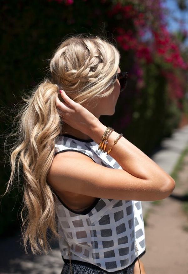 longs-cheveux-quelle-couleur-de-cheveux-blond-doré