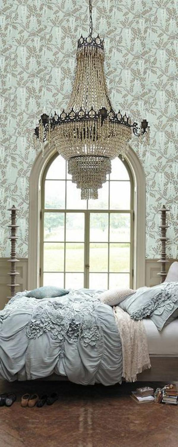 lustre-en-cristal-plafonnier-victorien-chambre-à-coucher