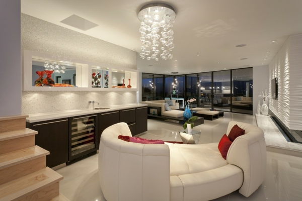 lustre-en-cristal-salle-de-séjour-glamoureuse