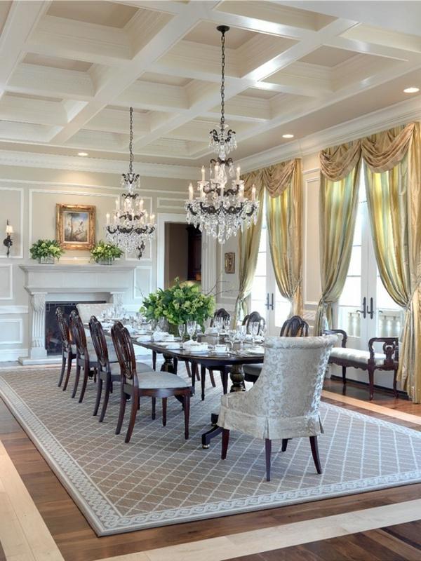 lustre-en-cristal-salle-de-déjeuner-luxueuse-un-faux-plafond