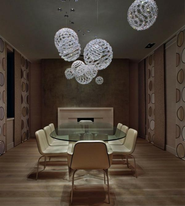 lustre-en-cristal-suspensions-globes-en-cristal-table-en-verre
