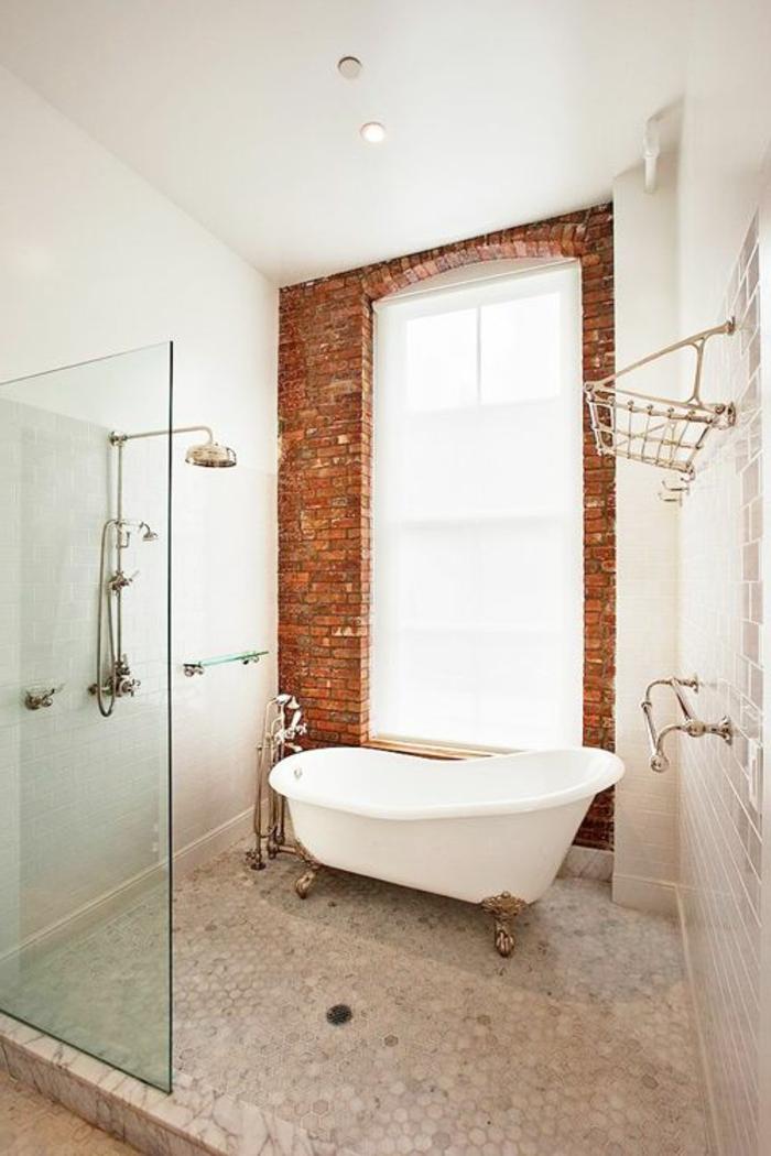 Le mur en brique d cors spectaculaires - Couleur mur salle de bain ...