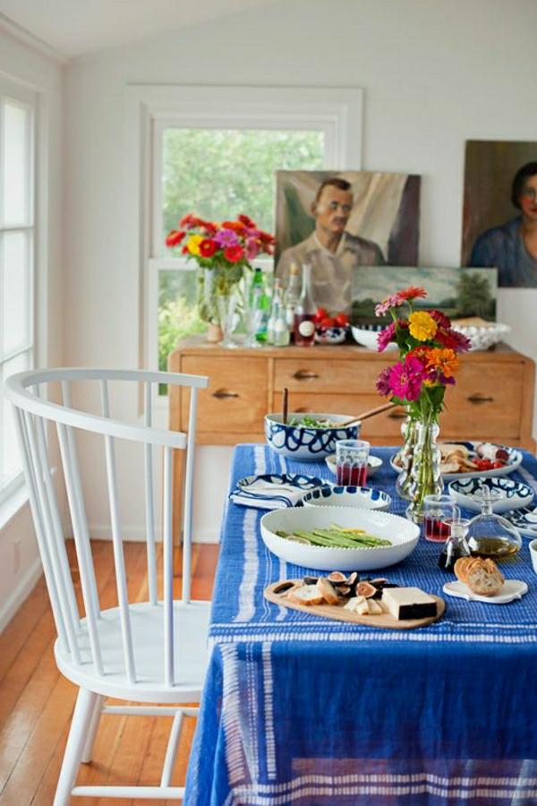 nappe-bleu-set-de-table-petit-déjeuner-fleurs-décoration-salle-de-séjour